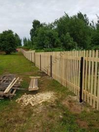 заборы деревянные для частного дома фото