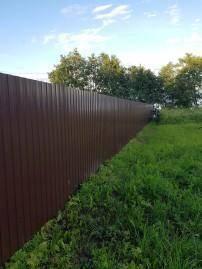 забор из профнастила для дачи фото