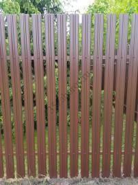заборы из металлического штакетника фото